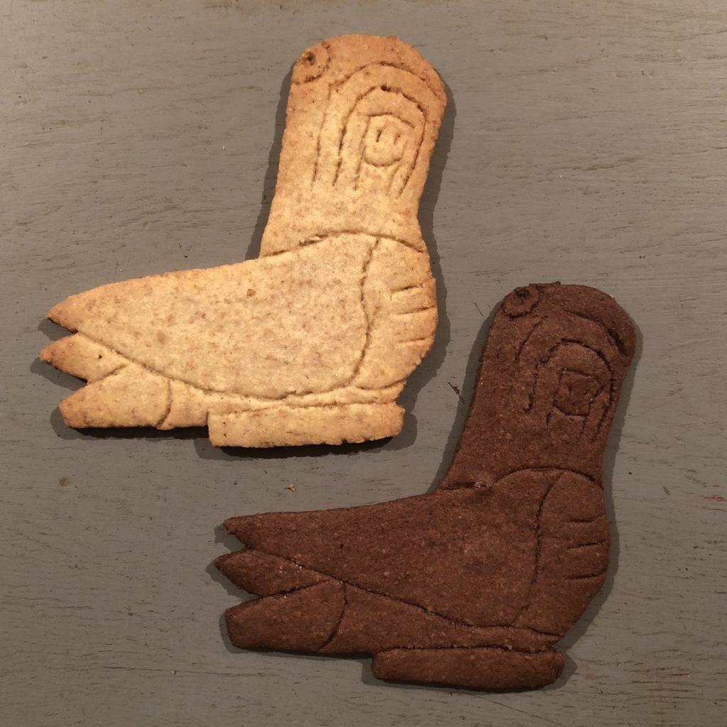 「ANIMALS FROM OAXACA」木彫りクッキー インコ
